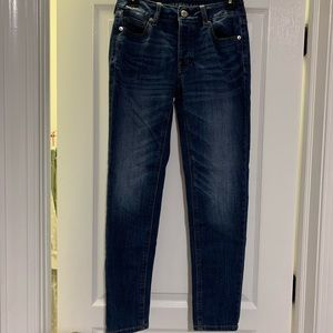 TomGirl Fit American Eagle Medium Wash Jeans